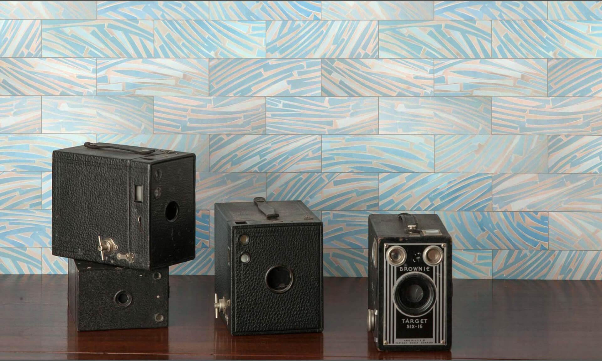 Art_Deco_Blue_Glass-DE4249-Subway Doug Garrabrants